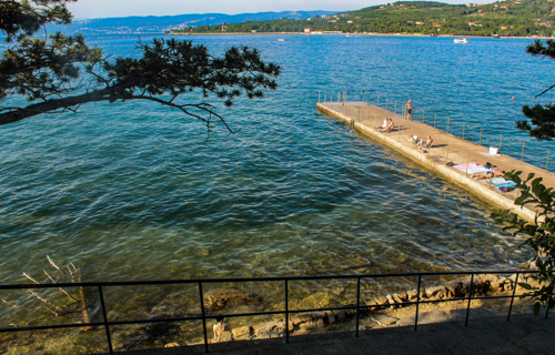 Things to do-beaches-Debeli rtič